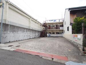野瀬駐車場(いづみ商会)