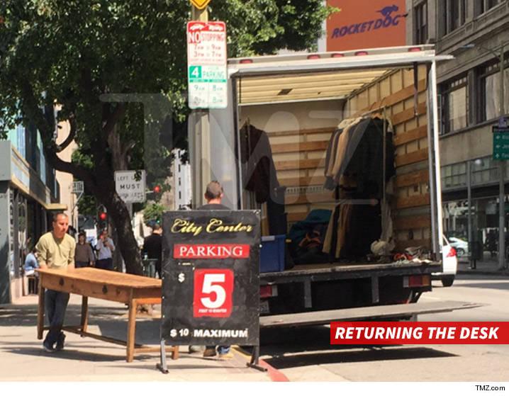 0613-amber-heard-johnny-depp-moving-truck-outside-desk-tmz-5.jpg