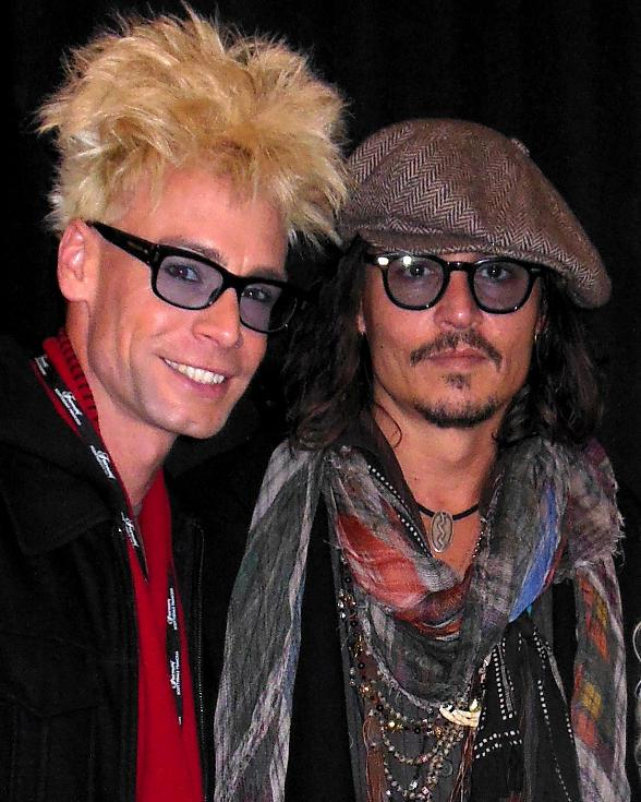 Johnny-Depp-and-Murray-SawChuck-588.jpg