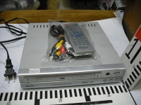 YAMAZEN DVDプレーヤーDCP-2250 02