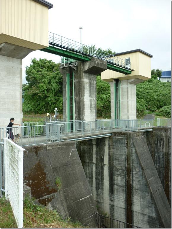 201608真夏のダム散歩日野川-12