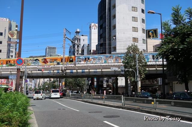 環状線のラッピング電車