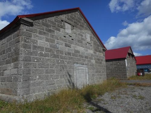 ニセコ農業倉庫 背面