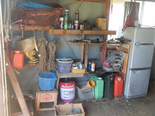 農機小屋 (1)