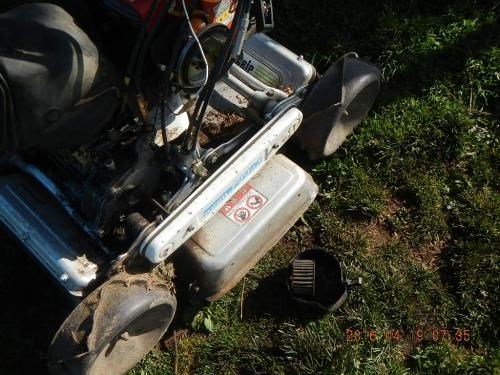草刈り機 (1)