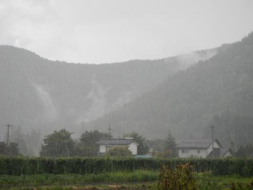 ゲリラ豪雨 (4)