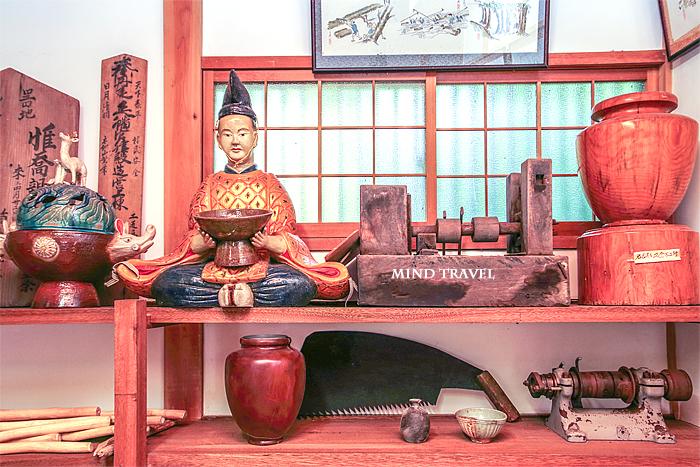 木地師資料館 惟喬親王像2