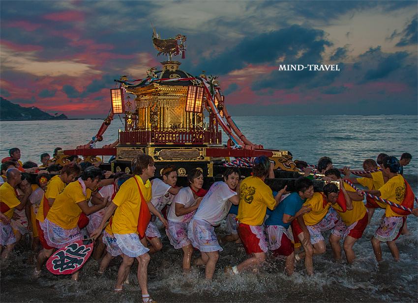 奥津比咩神社-輪島大祭 入水神事