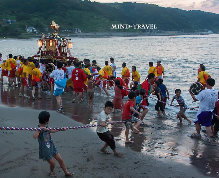奥津比咩神社-輪島大祭 入水神事2