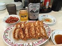 餃子よく焼き&瓶ビール&キムチ