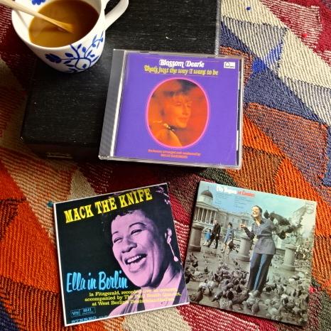 真夏の昼のジャズ