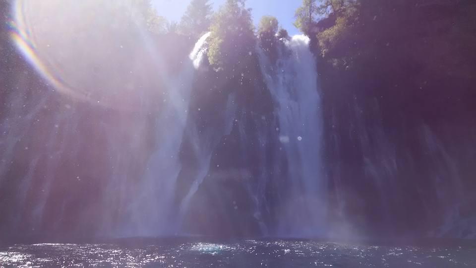 0921バーニーの滝2