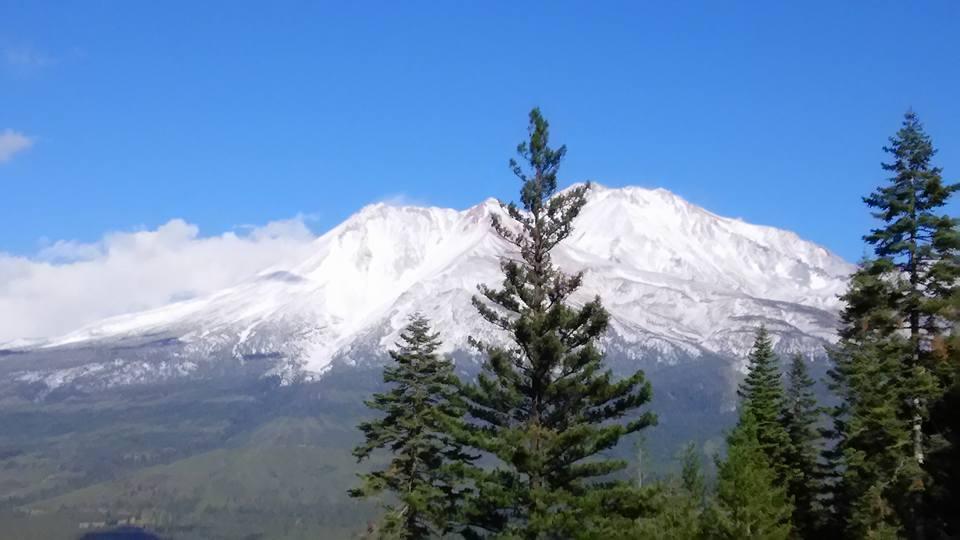 0922雪のシャスタ