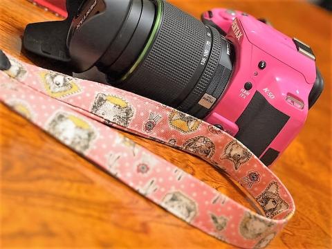 カメラストラップ ハンドメイド ダサダサ市販品をリメイク