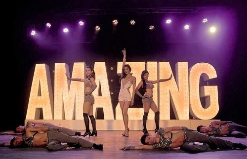 Amazing show (1)