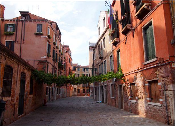 ベネチア8