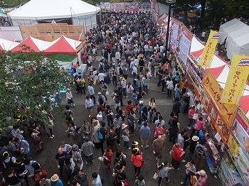 Thai-Festival120.jpg