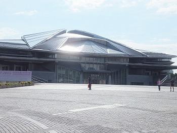 tokyo-gymnasium2.jpg