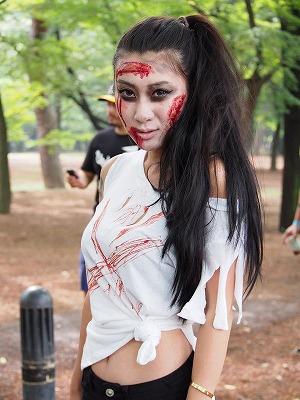 zombie-walking12.jpg