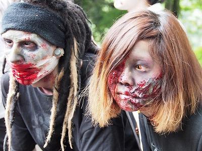 zombie-walking23.jpg