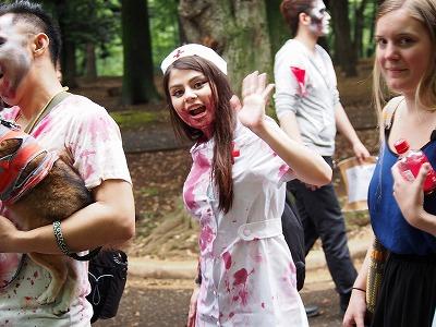 zombie-walking35.jpg
