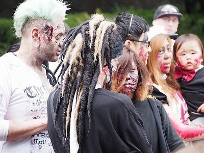 zombie-walking8.jpg