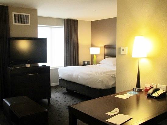 0621 米国出張19  シアトル ホテルの朝食と散歩073