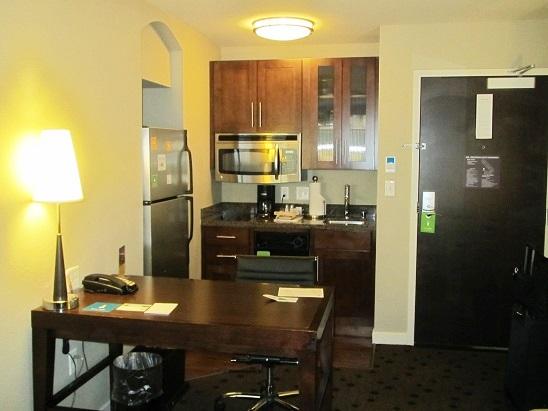 0621 米国出張19  シアトル ホテルの朝食と散歩075
