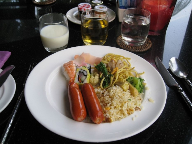 カミさんの朝食 (1)
