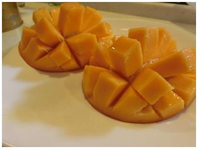 沖縄県産アップルマンゴー3