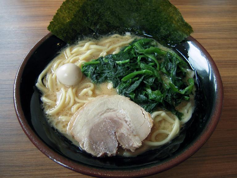 壱角家清瀬店ラーメン醤油・並