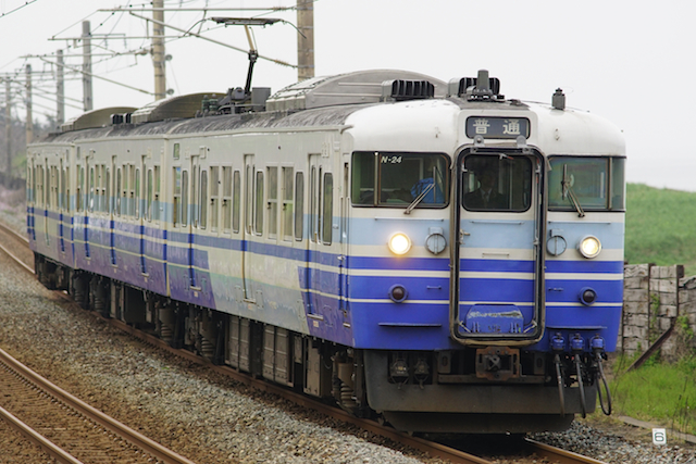 160502 JRE 115-Nigata-Blue-Kakizaki-1