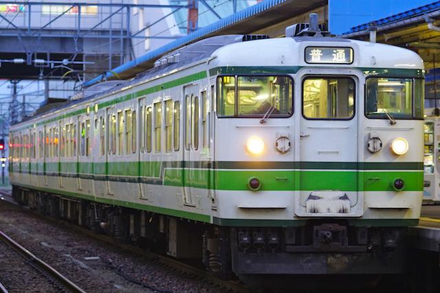 160501 JRE 115 Nigata-Green-B-1