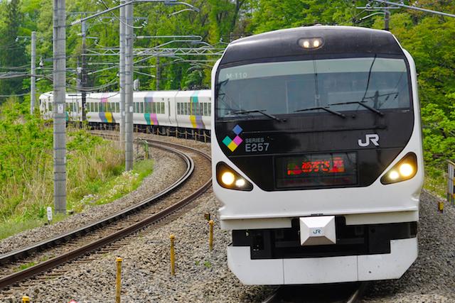 160503 JR E E257 Azusa