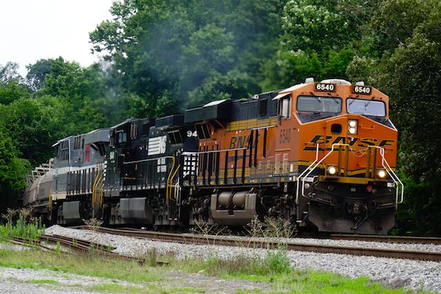 Jun1816 BNSF6540 NS NS 8025 Monongahela 2