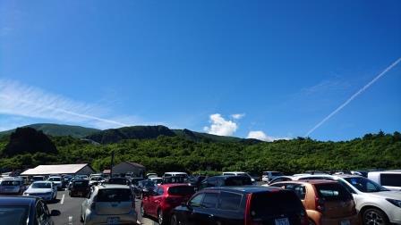 須川温泉駐車場(夏)