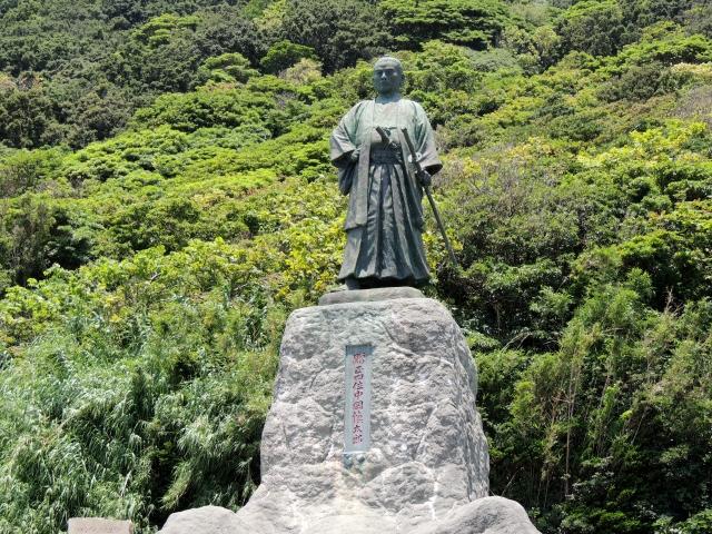 N8204中岡慎太郎像