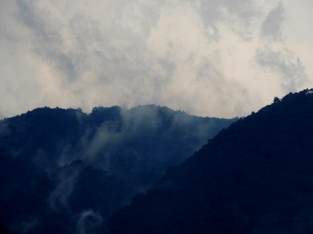 N8240藍山
