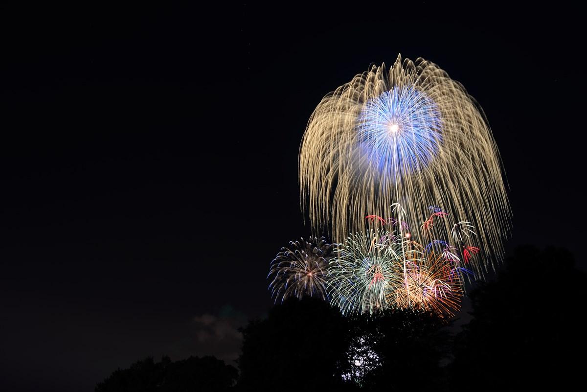 昭和記念公園花火大会比較明合成3_R