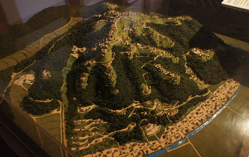 二の丸の中吉田郡山城