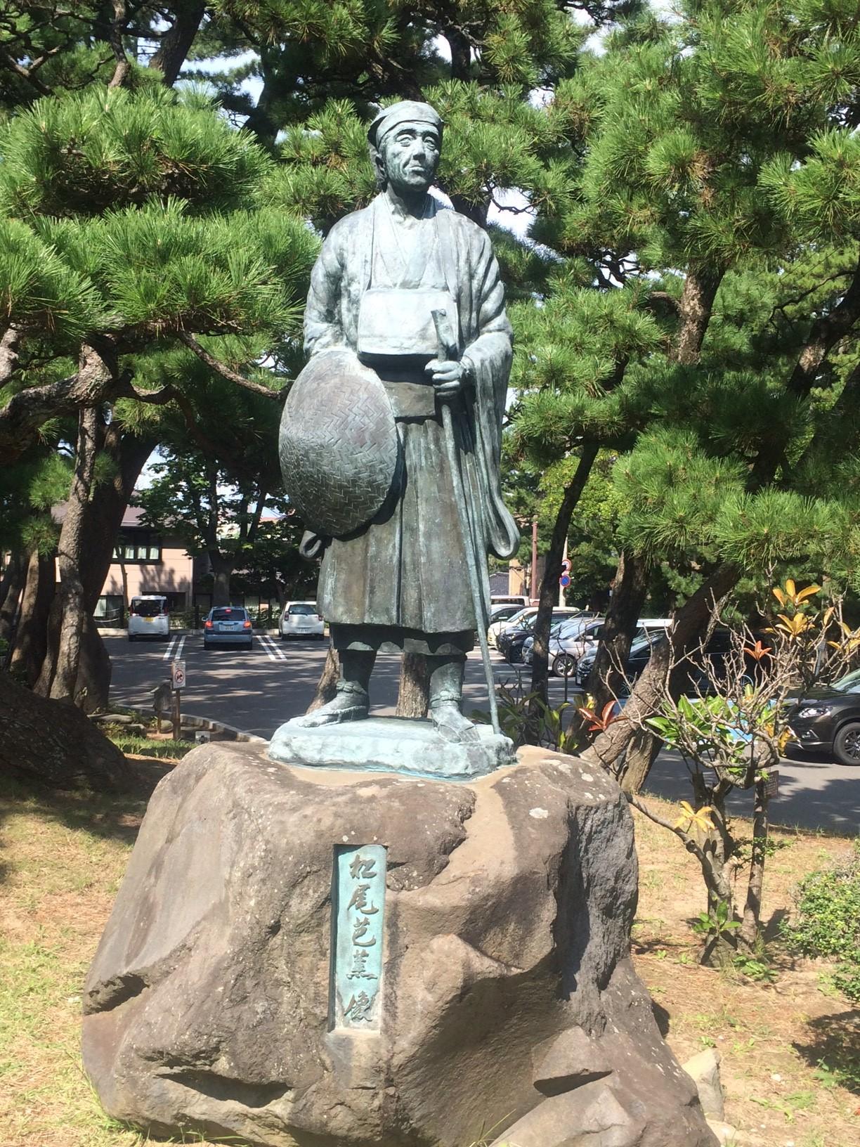 4-2 日和山の芭蕉像