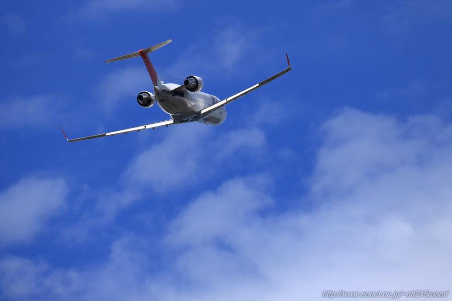 J-AIR CRJ-200ER / JA203J@RWY14Lエンド・エアフロントオアシス下河原