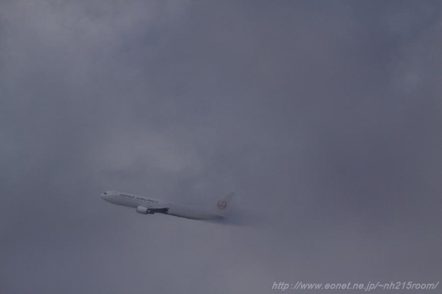 JAL B767-346ER / JA614J