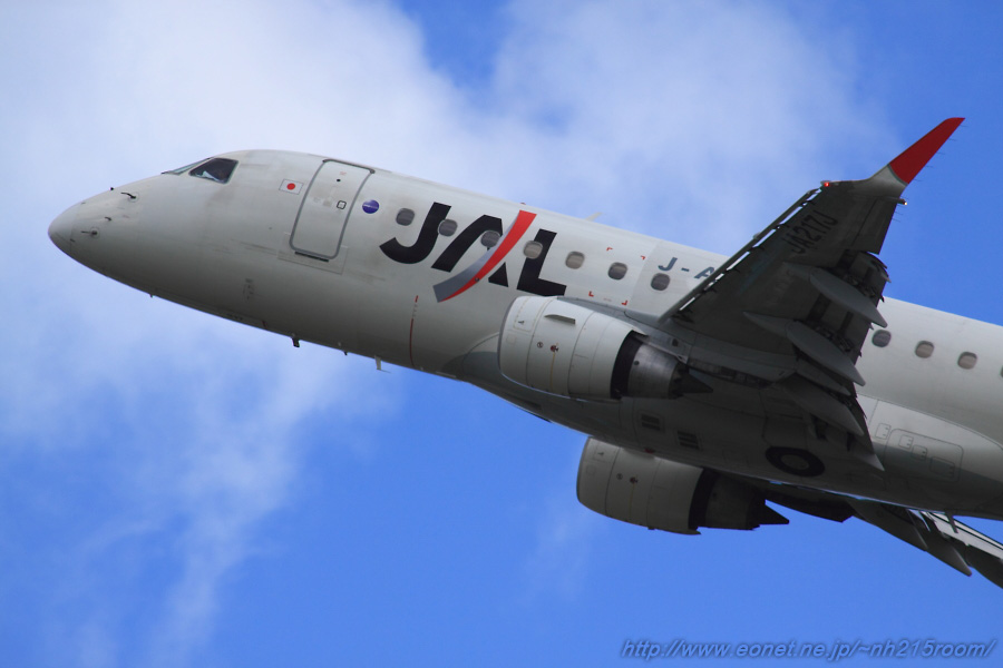 J-AIR ERJ170-STD / JA217J