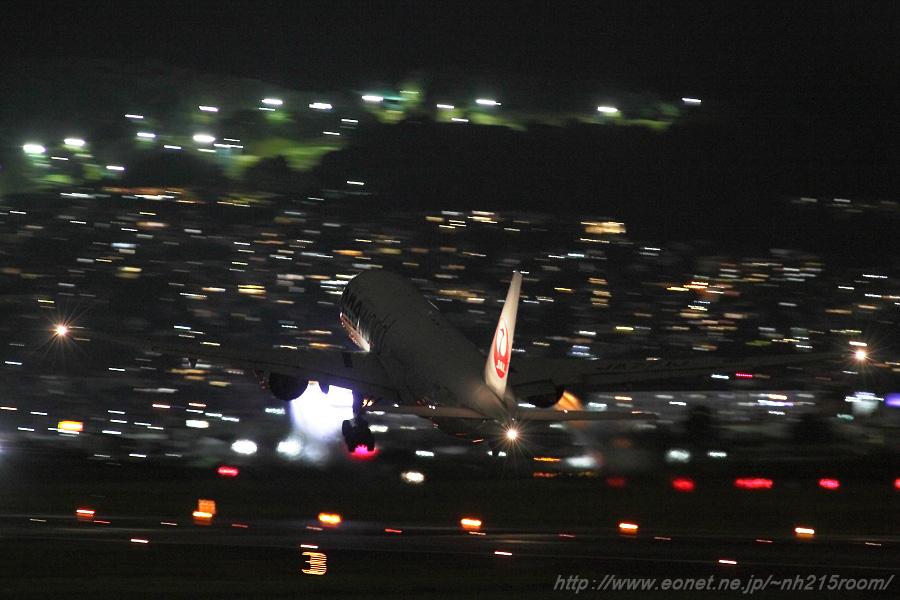 JAL B777-246 / JA771J@伊丹スカイパーク (2016.8.28)