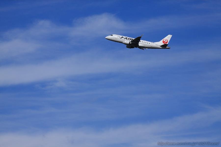 J-AIR ERJ-170STD / JA222J@RWY14Rエンド・伊丹リサイクルセンター周辺
