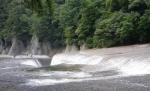 吹き割れの滝(3)