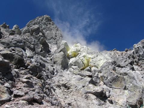 山頂噴気口