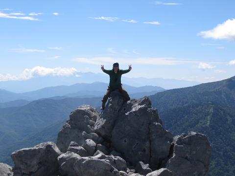 山頂溶岩ドーム上