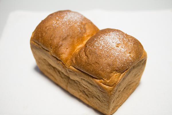 テトラコンタ食パン